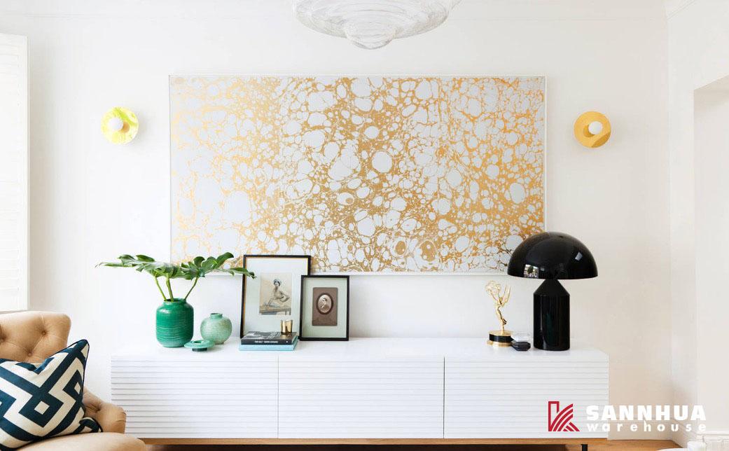 Nghệ thuật tường lấp đầy khoảng trống nội thất gia đình